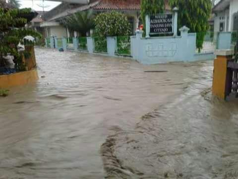 Banjir Cijangkelok Cibingbin
